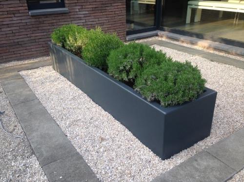 Polyester plantenbak 230x50x40 cm.