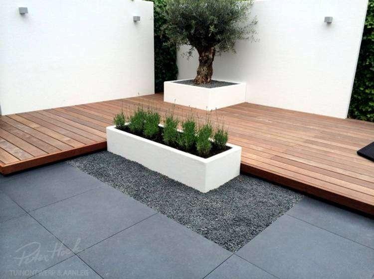Polyester plantenbakken met beplanting
